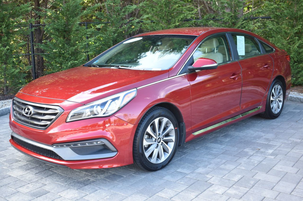 Pre-Owned 2015 Hyundai Sonata 4dr Sedan 2.4L Sport